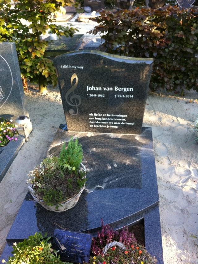 De grafsteen van mijn vader!